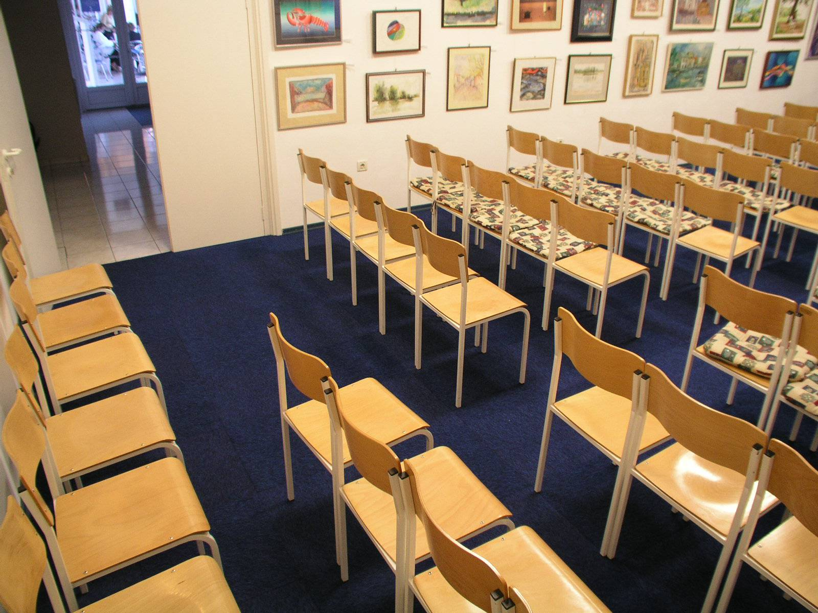 raspored s maksimalnim brojem sjedalica